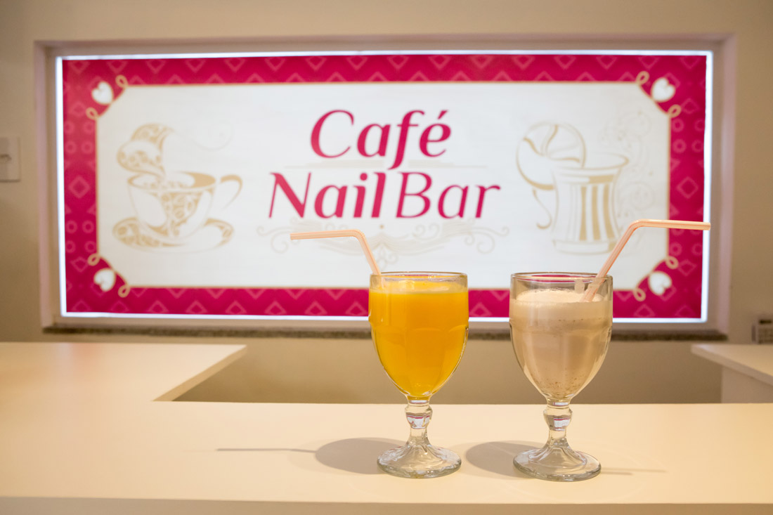 cafe_nail_bar_queens_studio